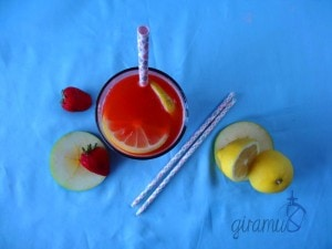 Strawberry Apple Lemonade Cocktail