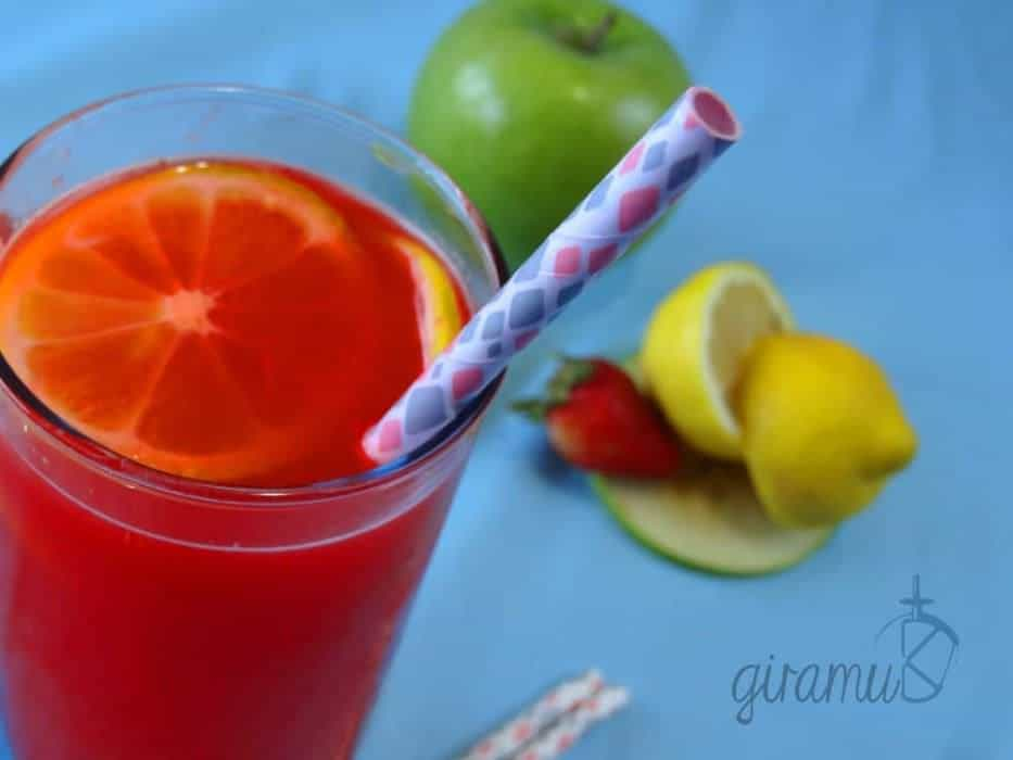 Strawberry Apple Lemonade Cocktail