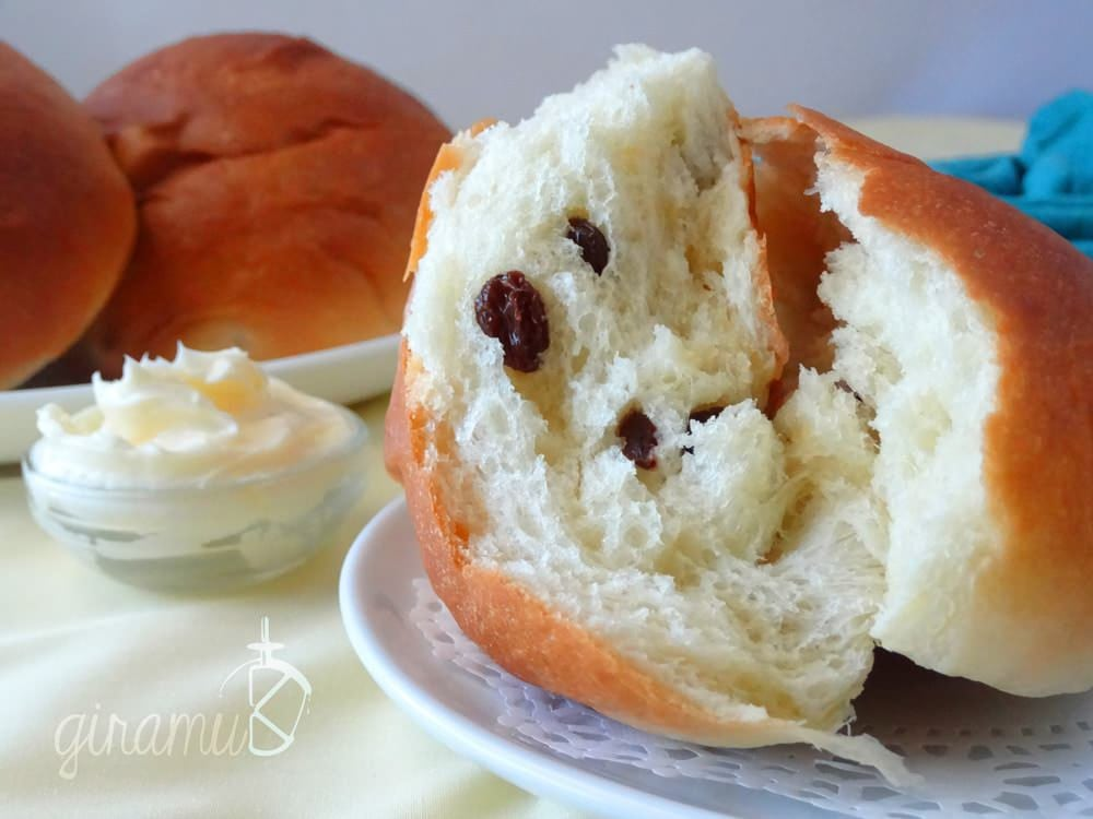 Sri Lankan Banis Soft Sweet Bread Rolls The Flavor Bender