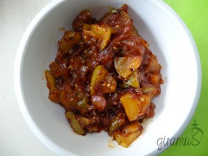 Sweet & Spicy Apple Relish