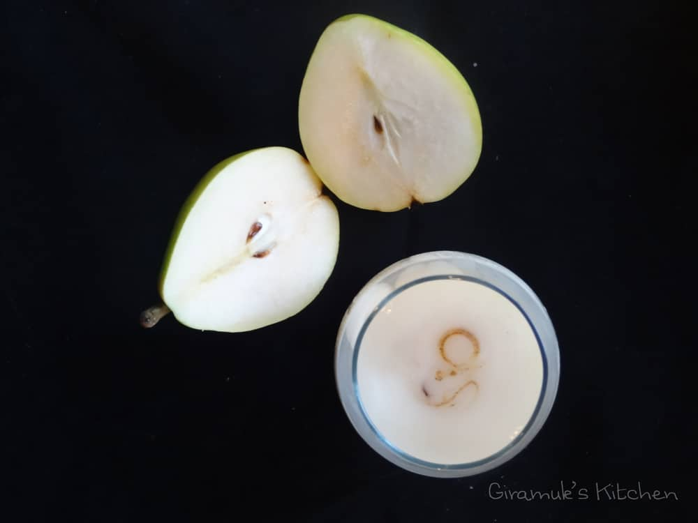 Ginger Vanilla Pear Cocktail