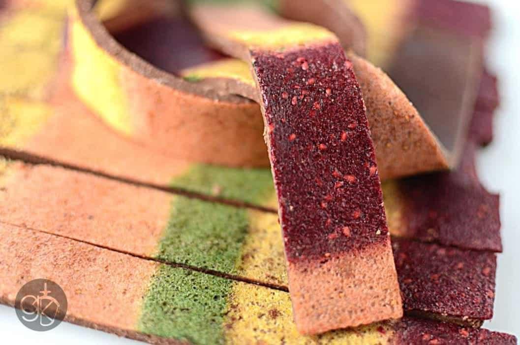 "Chocolate Rainbow Fruit Bars – Edible Doctor Who ""Scarf"""