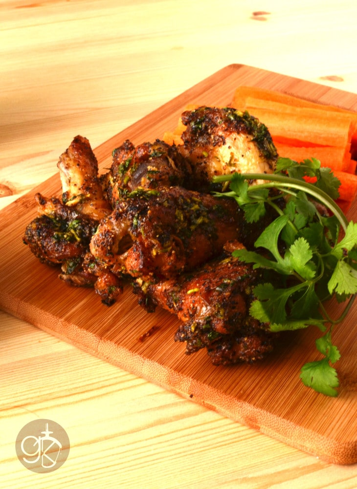 Spicy Green Curry Yoghurt dip with Coriander crispy Chicken wings