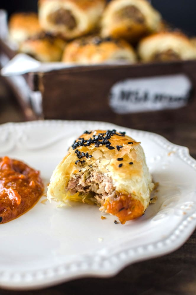 Caramelized Apple and Fennel Pork Sausage Rolls - Homemade sausage rolls with a delicious gourmet flavour twist! Wow your guests with this fancy appetizer, that everyone will be addicted to.