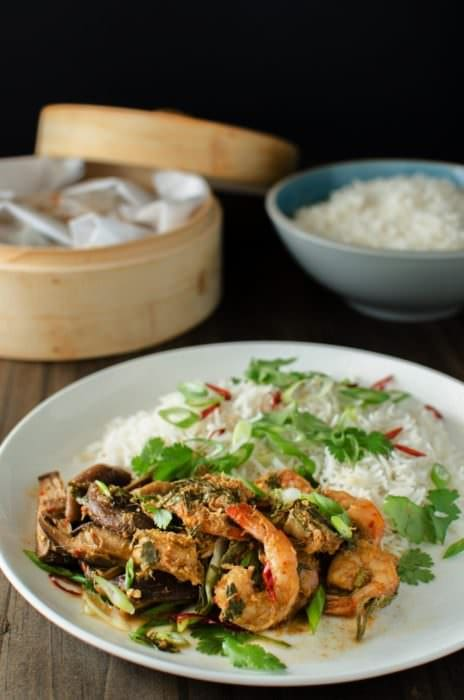 Learn how to clean Shrimp, so you can make amazing recipes like this Asian-style Steamed Shrimp and Mushroom Parcels