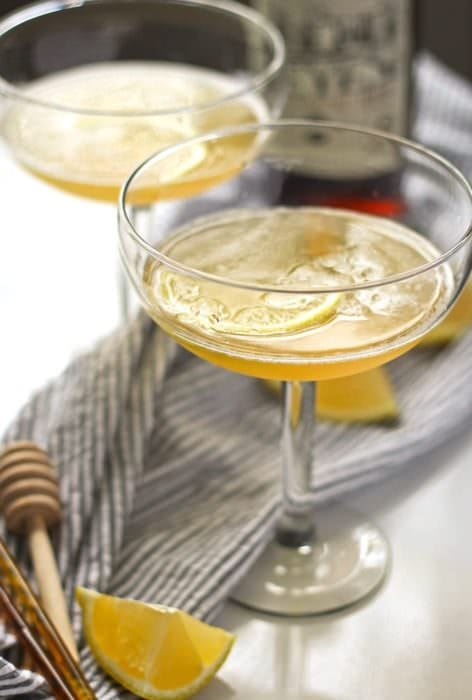 10 Festive Cocktails for a Happy New Year! Perfect for any kind of celebration!