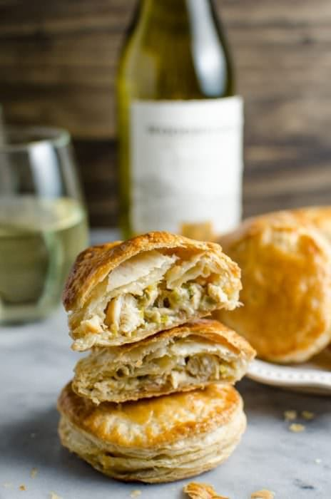 Mini Creamy and Cheesy Chicken Pies - The perfect snacks for the Big Game (or any party!). Tastes like mini Chicken Pot Pies but better! Plus learn how to pair these with the perfect wine. #sponsored #flavorsofthegame #collectivebias