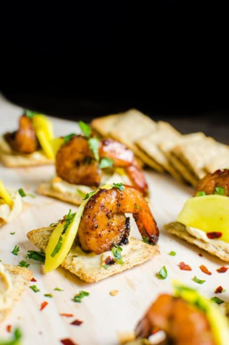 Learn how to clean Shrimp, so you can make amazing recipes like this Mango and Grilled Shrimp Appetizers