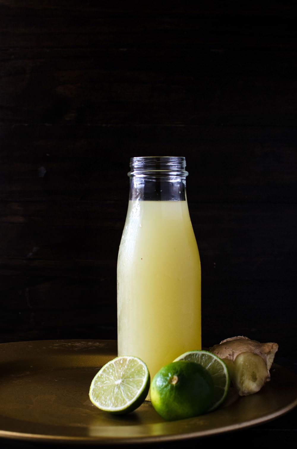 Homemade Ginger Limeade - a delicious, sweet, tart, drink with the ...