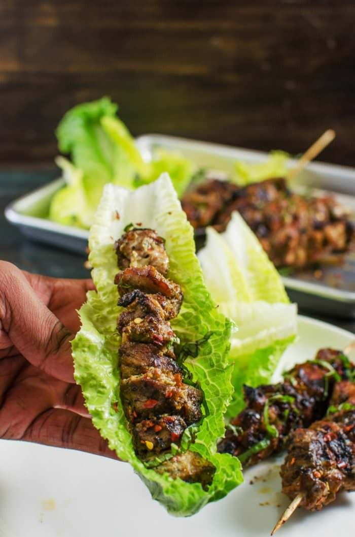 Spicy Thai Chicken Kebabs - With aromatic peppery authentic Thai Flavors these Black Pepper and Thai Basil Chicken are perfect for a backyard summer BBQ [ad]