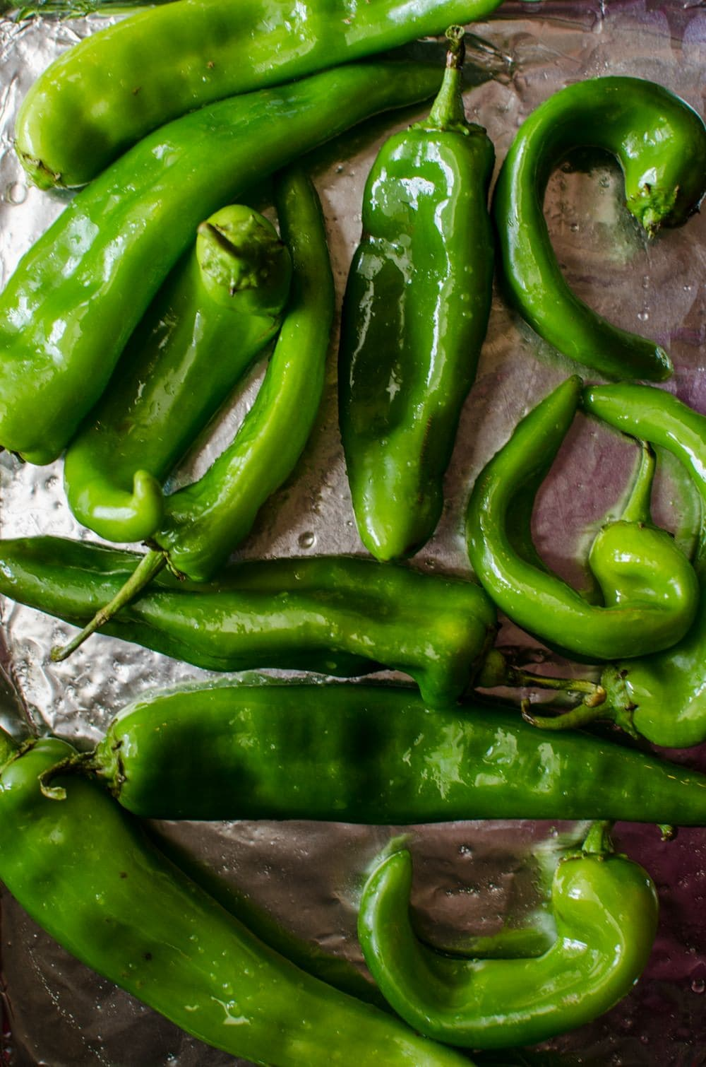 How To Roast Hatch Chile In The Oven The Flavor Bender
