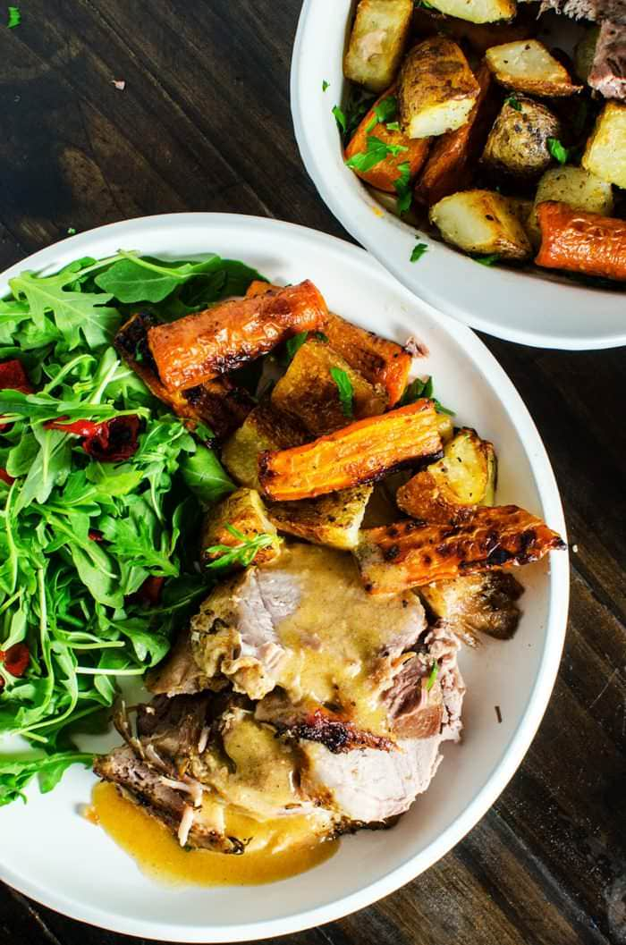 Slow Braised Pork Roast with Spiced Pear and Apple Sauce - a moist, tender and an incredibly flavorful dinner, with less than 30 minutes of prep time!