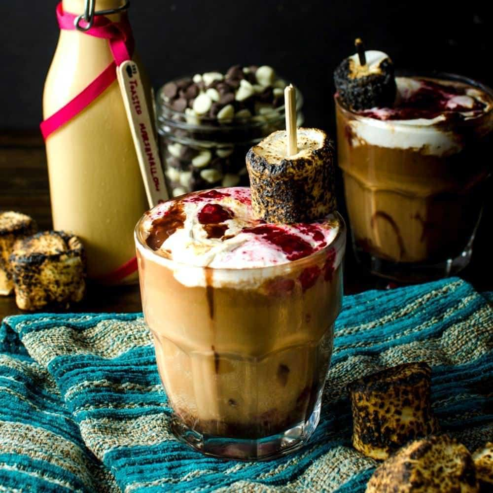 http://www.theflavorbender.com/wp-content/uploads/2016/12/Rocky-Road-Mocha-2-Copy.jpg