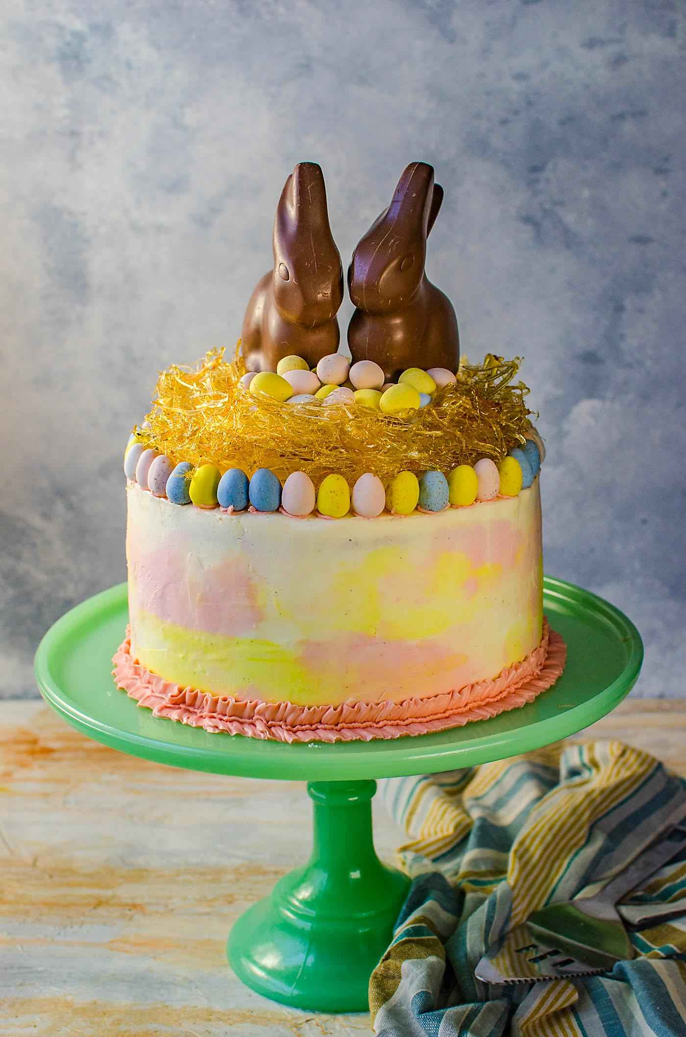 Awesome Chai And Vanilla Cake With Vanilla Buttercream Pastel Easter Cake Personalised Birthday Cards Veneteletsinfo
