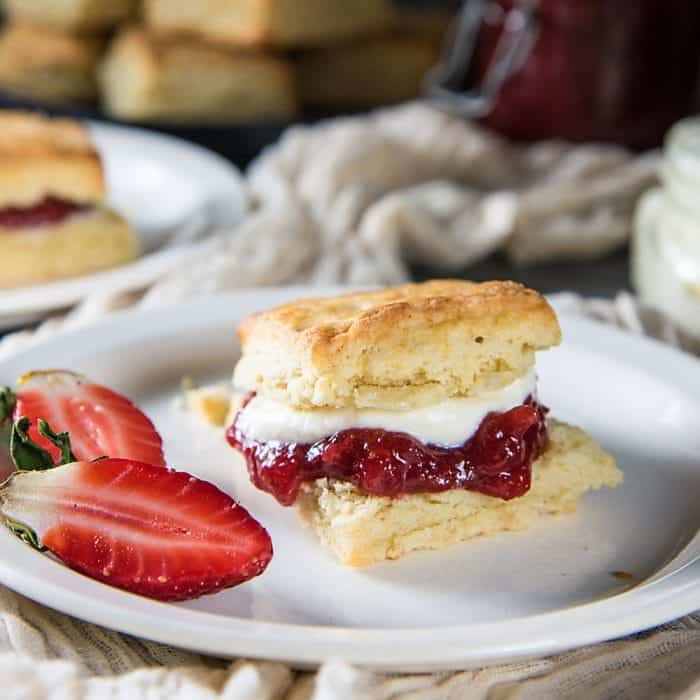 The Best Classic Cream Scones