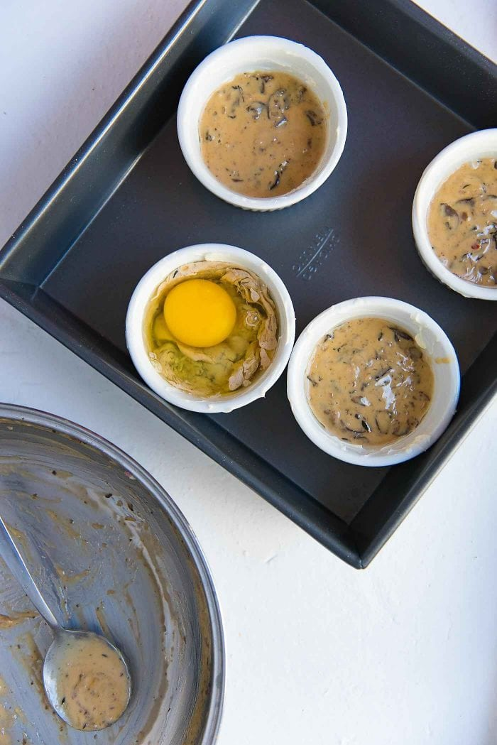 These Mushroom Baked eggs can be baked just as is, but you can top it up with cheese too.