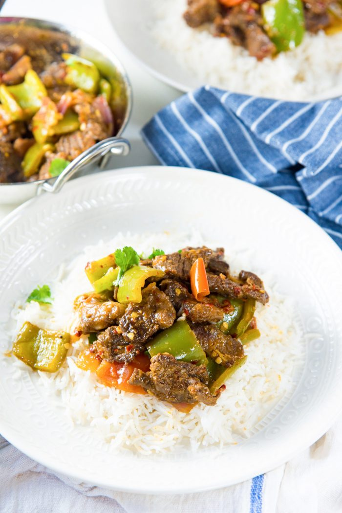 Sri Lankan Devilled Beef Curry - A Lankan - Chinese mashup recipe. This is perfect served with rice, or with your drinks as well. Spicy and flavorful.