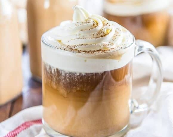 Pumpkin Spice Coffee Creamer - Homemade Pumpkin spice creamer with plenty of pumpkin flavor and spice. Refined sugar free and perfect to add to your morning coffee.
