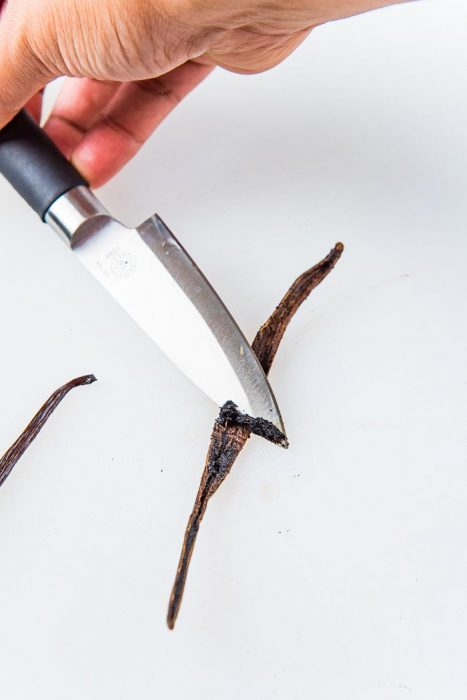 An image showing the vanilla bean caviar being scraped out