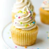 Perfect Vanilla cupcakes Social media