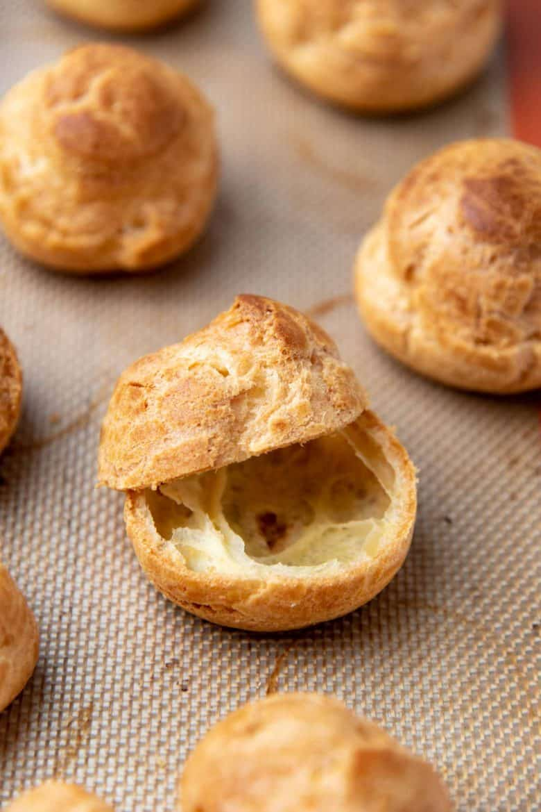 Cutting choux pastry in half