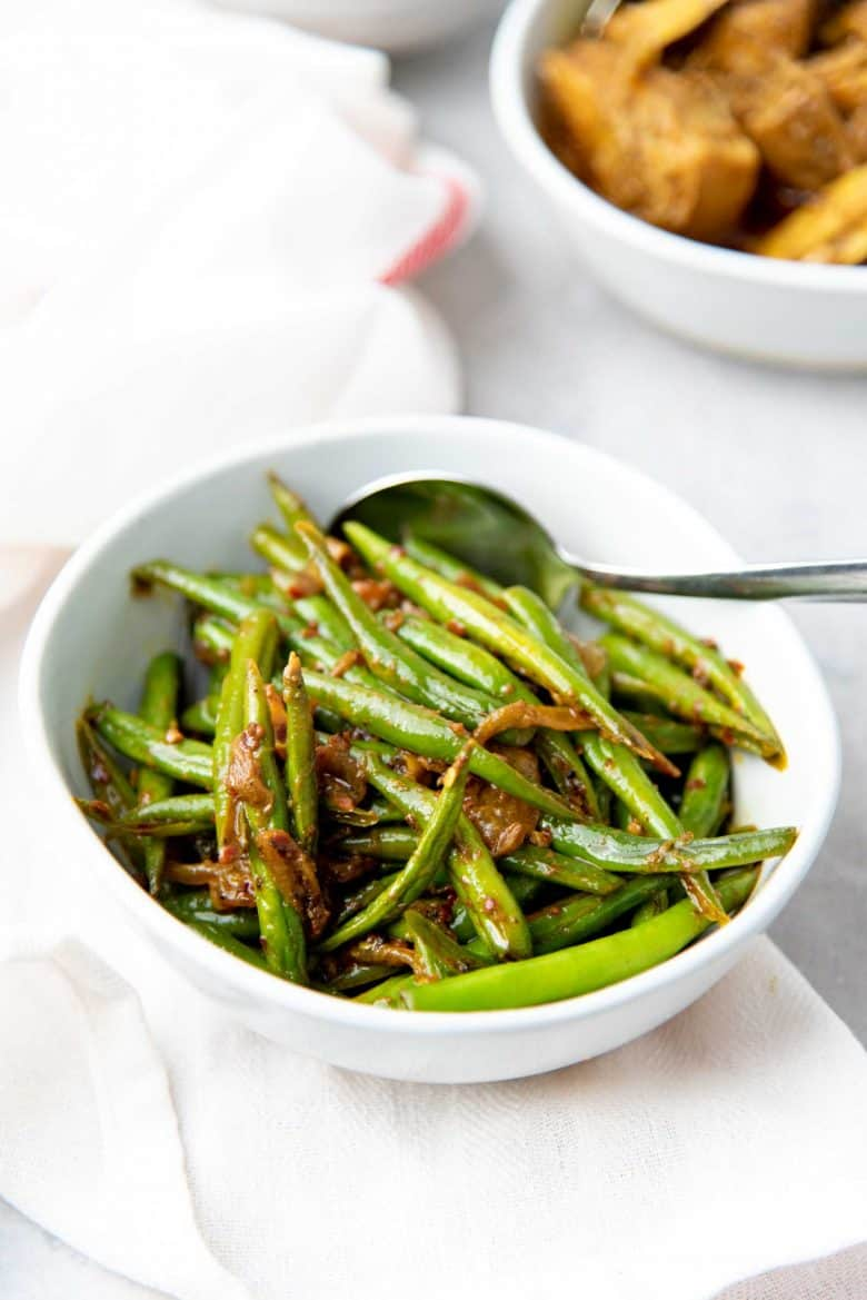 Green bean stir fry with Sri Lankan flavors