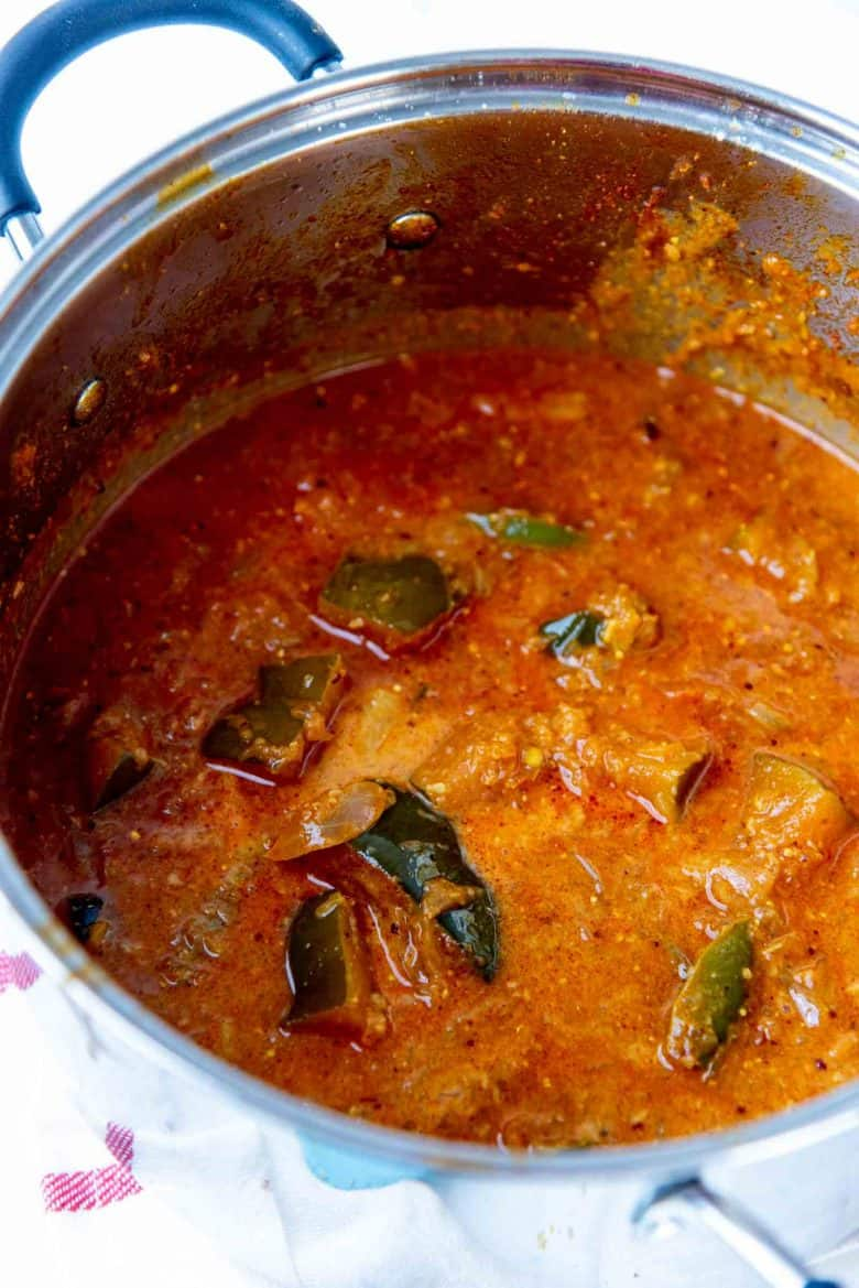 A finished Sri Lankan pumpkin curry in a pot