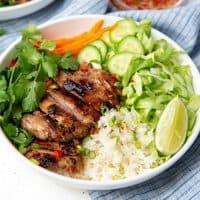 Lemongrass chicken bowl Social media