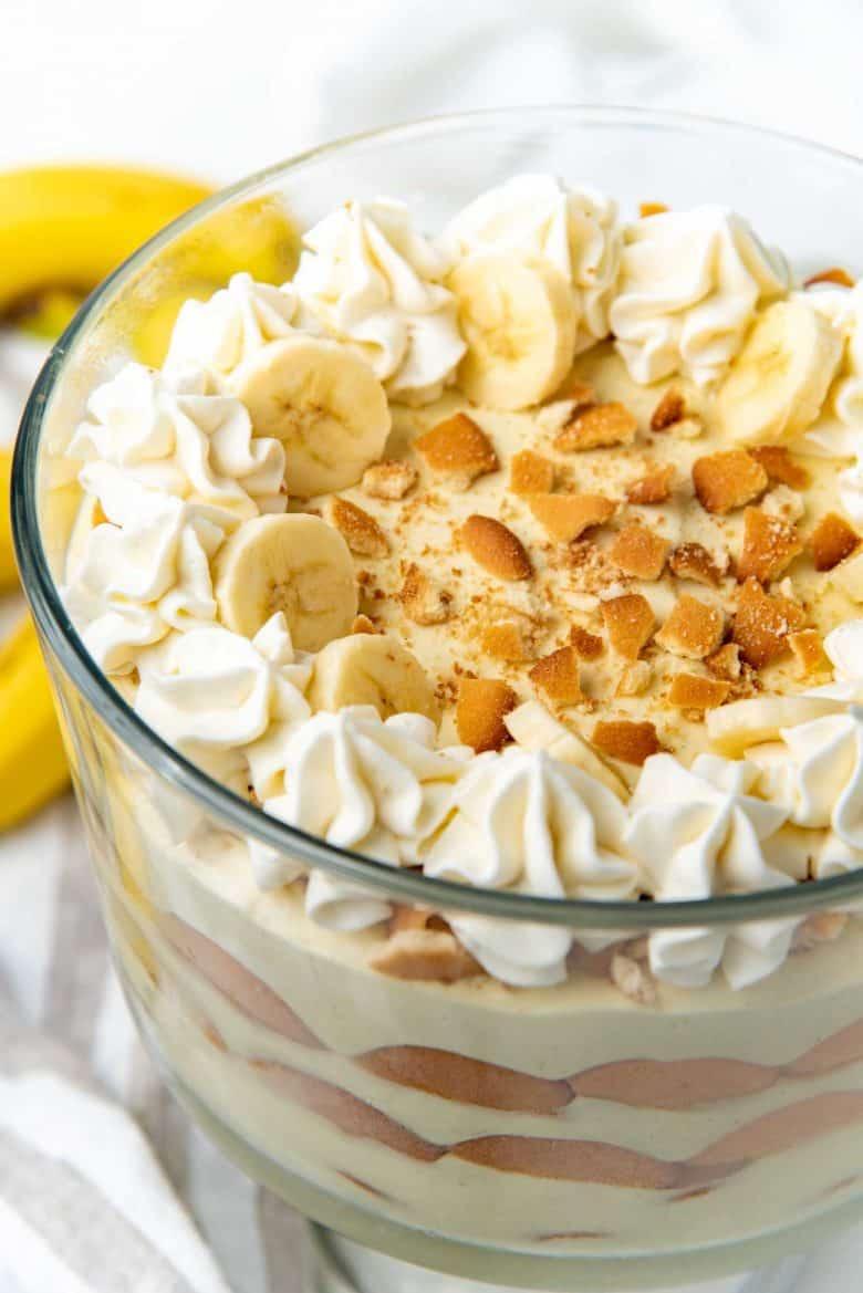 A close up of the banana pudding