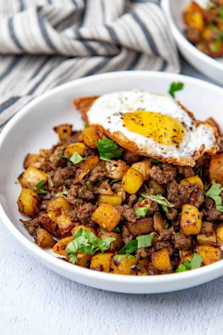 Close up of the potato hash with spicy curry